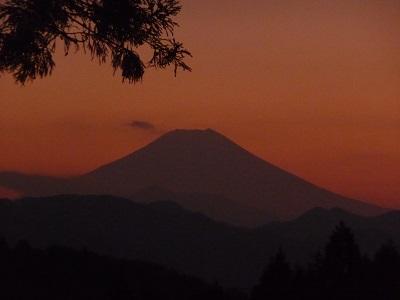 夕暮れの富士山.jpg